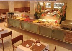 inside the magna praia hotel restaurant