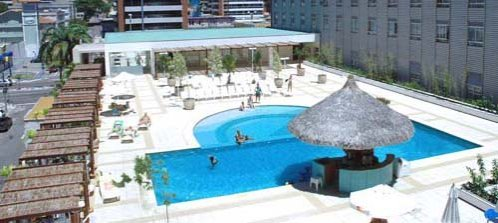 Swimming pool at the Oasis Atlantico Hotel Praia do Meireles