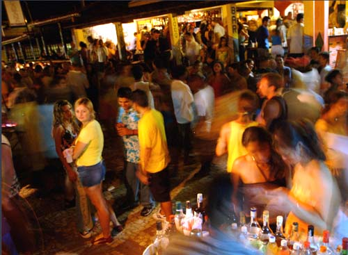 bar todo mundo canoa quebrada broadway
